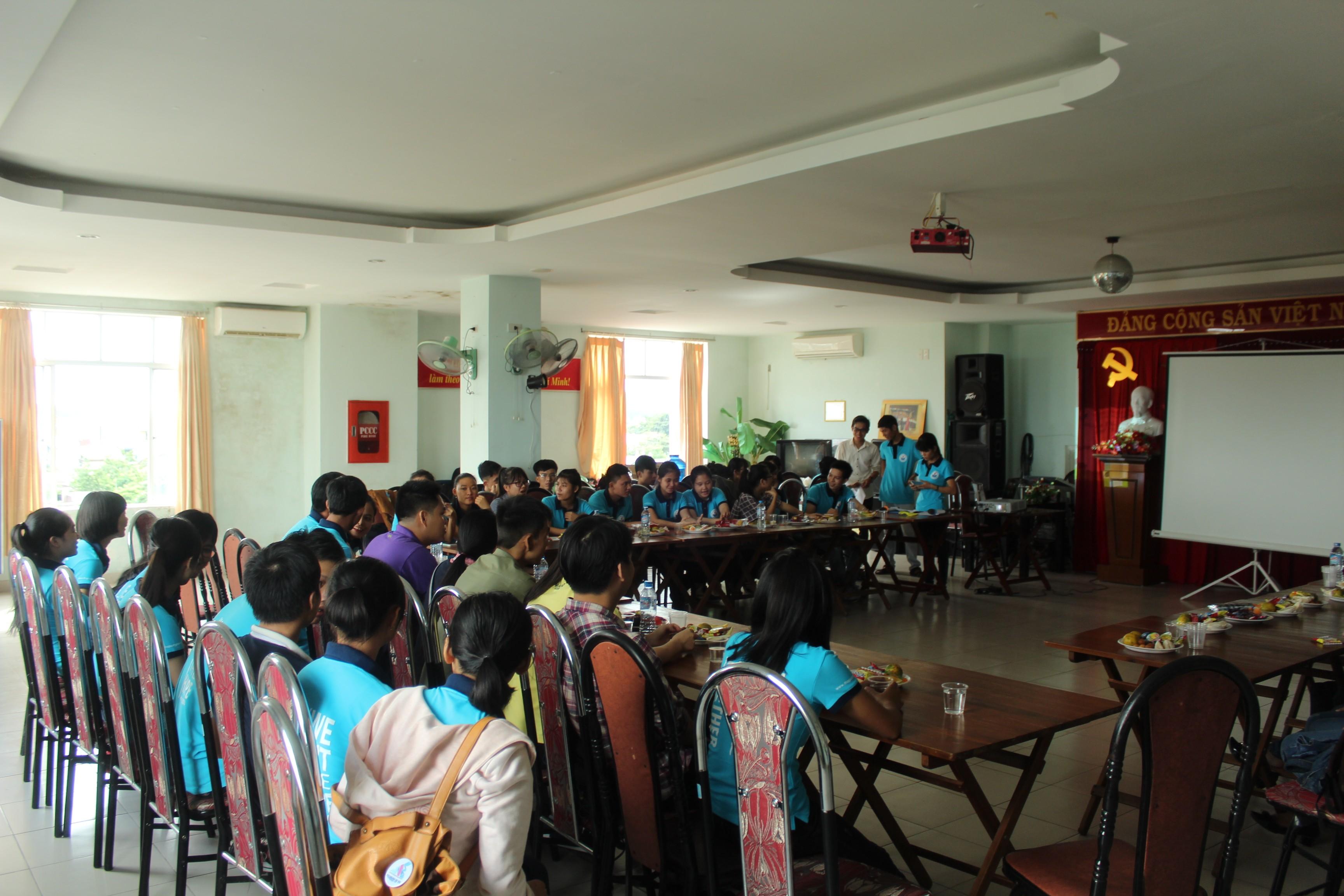 Chương trình sinh hoạt - giao lưu của cộng đồng miền Trung quý 3 năm 2016